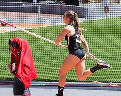 2019_TNR_PVW_0158 (Knox Triathlon Dude) Tags: 2019 woman women university sports polevault trackandfield fitness varsity briefs bunhuggers legs beautiful pretty athlete female college track meet usa