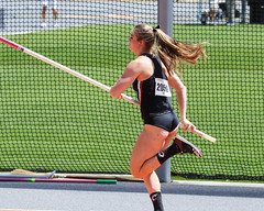2019_TNR_PVW_0156 (Knox Triathlon Dude) Tags: 2019 woman women university sports polevault trackandfield fitness varsity briefs bunhuggers legs beautiful pretty athlete female college track meet usa