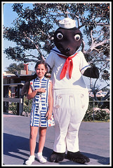 SeaWorld - San Diego. 1970 (Vintage Roadside) Tags: vintageroadside sandiego seaworld roadsideattraction vintagemascot mascotcostume 1970s shamu killerwhale southerncalifornia vintagecalifornia 35mm kodachrome vintageslide