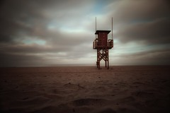 Aussichtsturm... (hobbit68) Tags: fujifilm xt2 wolken clouds himmel sky sand strand playa beach wasser holiday urlaub andalusien andalucia espana espanol espagne espania atlantik