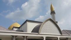 DSC06320-Masjid Al-Mustaqim Bandar Seri Putra, Bangi,Selangor (RaaiMan~PhotoActive | الراعى عثمان) Tags: masjid malaysia selangor