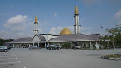 DSC06315-Masjid Al-Mustaqim Bandar Seri Putra, Bangi,Selangor (RaaiMan~PhotoActive | الراعى عثمان) Tags: masjid malaysia selangor