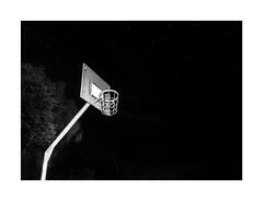 Korb sw (Panasonikon) Tags: panasonikon panasonic dmcg81 mzuiko918 bw sw nacht night korb basketball