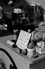 001135250008 (w21266rice) Tags: nikon fm10 film 底片 菲林 analog micronikkor 55mm f28 ilford xp2 super 400 c41黑白 blackandwhite blackwhite