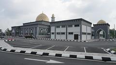DSC06325-Masjid At-Taqwa Seri Mahkota, Bangi, Selangor (RaaiMan~PhotoActive | الراعى عثمان) Tags: masjid malaysia bangi selangor