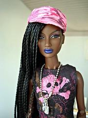 Annik (Deejay Bafaroy) Tags: fashion royalty fr integrity toys black doll puppe barbie annik theawakening awakening nuface portrait porträt pink rosa blue blau hardrockcafe outfit cap kappe