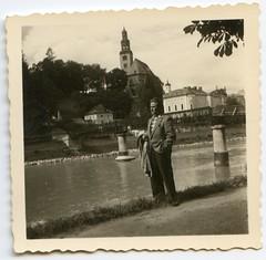 . (Kaïopai°) Tags: vintage fluss flus river mann man ufer kirche homme
