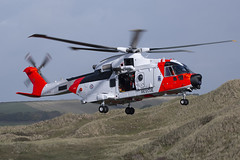 Agusta-Westland AW101 Mk612 ZZ103 (Jon Hylands) Tags: training canon cornwall force aviation air royal norwegian helicopter sar rotary aerospace rotors agustawestland zz103 aw101 mk612 ©️ searchandrescue 100400 70d military