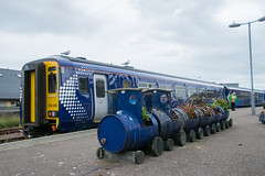 Big Train - Little Train! (philwakely) Tags: class156 sprinter scotrail mallaig diesel dieselmultipleunit locomotive trains train railway railways rail
