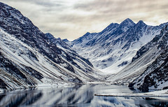 Laguna del Inca (brunoffelipe) Tags: laguna lagoon lake reflection landscape winter snow andes mountains view