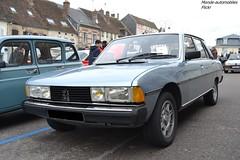 Peugeot 604 (Monde-Auto Passion Photos) Tags: voiture vehicule auto automobile peugeot 604 berline bleu blue ancienne classique rare rareté rassemblement france courtenay