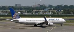 N651UA AMS 240619 (kitmasterbloke) Tags: ams schiphol amsterdam airliner holland jet