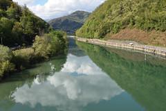 Serchio (grasso.gino) Tags: italien italy italia toskana toscana tuscany nikon d7200 fluss river serchio spiegelung reflection