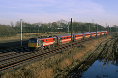 86260 Winwick 13th January 2001 (John Eyres) Tags: 86260 driver wallace oakes gc with euston glasgow service 130101