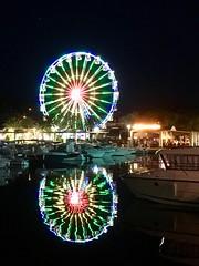 Grande roue à Cavalaire-sur-Mer (Maryphoto92) Tags: lumières roue nuit vacances var paca france port cavalairesurmer