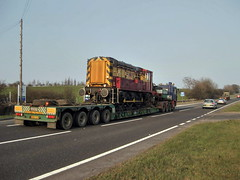 Heading east on the A66. (Chris Firth of Wakey.) Tags: 08933 class08 a66 bowes lowloader