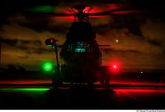 VH-36 CARACAL (Força Aérea Brasileira - Página Oficial) Tags: 2019 aeronáutica brazilianairforce forcaaereabrasileira forçaaéreabrasileira fotoandrefeitosa flickr aircraft light red green metal night nevoa neblina