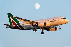 EI-IMF (Andras Regos) Tags: aviation aircraft plane fly airport lhr egll heathrow approach landing alitalia airbus a319