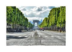 The Avenue des Champs-Élysées (CJS*64) Tags: france paris cjs64 craigsunter cjs travel traveller travelling europe european colour colours nikon nikond7000 d7000 champsélysées
