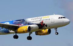 EC-MYC (Ken Meegan) Tags: ecmyc airbusa320232sl 8238 vueling dublin 2662019 disneylandparisspiderman logojet vuelingairlines airbusa320 airbus a320232sl a320