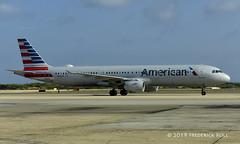 American Airlines A321 ~ N161UW (© Freddie) Tags: aruba oranjestad aa americanairlines airbus a321 n161uw aua tnca tncaaua fjroll ©freddie