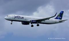 JetBlue A321 ~ N972JT (© Freddie) Tags: aruba oranjestad surfsidebeach jetblue airbus a321 n972jt named justplaneblue aua tnca tncaaua fjroll ©freddie