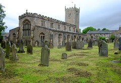 St Oswalds @ Askrigg (Adam Swaine) Tags: yorkshire northyorkshire church churchyard gravestones rural ruralvillages ruralchurches england english englishvillages northeast beautiful britain british uk ukcounties ukvillages countryside counties 2019 aonb thedales