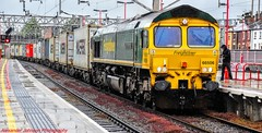 66506 @ Stafford (A J transport) Tags: class66 diesel 66506 creweregeneration freightliner railway trains wcml england freight intermodal