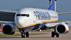 EI-FRL (AnDyMHoLdEn) Tags: ryanair 737 egcc airport manchester manchesterairport 23l