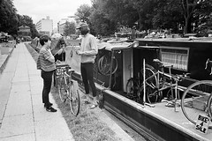 Bike repair on a house boat (titan3025) Tags: leica m6 leicam6 ilford hp5 ilfordhp5 analog film london 2019