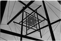 Needle tower (Elios.k) Tags: horizontal outdoors nopeople abstract artwork art lookingup perspective tower needletower kennethsnelson museum architecture design metalrod beams wire star shape sculpturegarden pattern blackandwhite bw mono monochrome travel travelling may 2018 canon camera photography otterlo hogevelouwe krollermullermuseum netherlands nederland europe film analoguephotography scannedfilm kodaktrix400 analogfilm grain contrast canona1 a1 analogcamera