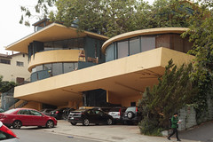 LA 2015 - misc 15 (Doctor Casino) Tags: sheatsapartments johnlautner 1949 thetreehouse lhorizon student housing residential dormitory dorms westwood losangeles la architecture architect