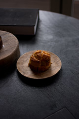 Petit Four: Kouign-Amann (The Cereal Eater) Tags: écriture maximegilbert central hongkong michelin 2019