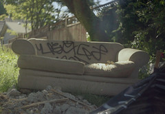Graffiti Couch (itskaty) Tags: zenit zenitet slr kodakgold kodakgold200 portland pdx oregon graffiti