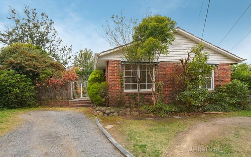 4 Taylor Ct, Mount Waverley VIC 3149