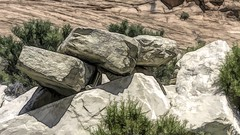 Face in the Block (Mr.LeeCP) Tags: blocks stones rocks nevada