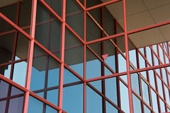 red frame (naitokz) Tags: japan yokohama 横浜 yokohamadollmuseum 横浜人形の家 arch architecture 建築 red 赤 frame 枠 window 窓 glass ガラス