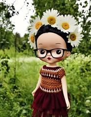 🌸💛I'd rather wear flowers in my hair than diamonds around my neck 💛🌸 . #holala #holaladoll #holalaloty #ponytwins #natureq #holalaoutfit #holalacrochet #crochet #crochetdollclothes #dollclothes #doll (Dolliina) Tags: holaladoll ponytwins dollportrait holala natureq crochet holalaloty crochetdollclothes holalaoutfit holalacrochet dollclothes