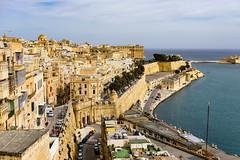 La Valletta (andbog) Tags: harbour mediterranean mediterraneo sea seascape mare sony alpha ilce a6000 sonya6000 emount mirrorless csc sonya sonyα sonyalpha sony⍺6000 sonyilce6000 sonyalpha6000 ⍺6000 ilce6000 apsc α6000 wall muro oss sel malta mt ilbeltvalletta lavalletta 1650mm selp1650 upperbarrakkagardens cityscape rooftop tetti