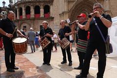 Dulzaina y tamboríl. (J.G.Sansano) Tags: música músicoenlacalle fiesta fiestaspopulares dulzaina tamboril g7xii