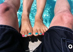 Summer (Mr2D2) Tags: wife pedi latina toes pedicure summer pool sexytoes sexyfeet vacation