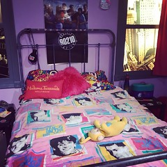 1990s Bedroom - 2 (booboo_babies) Tags: madametussauds museum hollywood millennial furniture bed bedroom 1990s nineties california