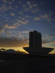 Palácio do Congresso Nacional (Senado Federal) Tags: institucional fachada congressonacional poderlegislativo amanhecer alvorada nascerdosol silhueta arquitetura oscarniemeyer brasília df brasil