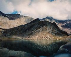 . (Ⓜⓡ. Ⓔⓓ) Tags: mamiya7ii 80mmf40 kodakportra400 200 6x7 mediumformat mountains passeiertal alps southtirol