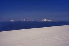 Vista cumbre Volcán Callaqui (Mono Andes) Tags: andes chile chilecentral regióndelaaraucanía regióndelbiobío volcáncallaqui montañas volcántolhuaca volcánlonquimay sierranevada volcánllaima fotocumbre