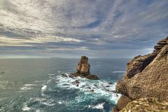 The Rock (JG - Instants of light) Tags: landscape ocean sea cliffs rocks island horizon sky clouds naturephotography awesomenature serenity lovelyworld paisagem oceano mar falésias rochas ilha horizonte céu nuvens fotografiadenatureza naturezaincrível serenidade mundoencantador nikon d5500 sigma 1020 peniche portugal