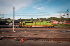 Glowing Garbage (marko138) Tags: 62v cpharrisburg emd harrispan harrisburg harrisburgline illinoisterminal ns1072 norfolksouthern pennsylvania blur goldenhour heritageunit locomotive mainline pan railfan railroad railroadphotography slowshutter sunset train