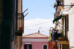Il balcone , il pallone e le rondini (michele.palombi) Tags: analogic analogicshotonfilm35mm spring calabria crotone
