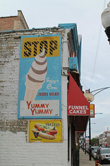 Yummy Yummy (Flint Foto Factory) Tags: chicago illinois urban city late spring june 2019 west pilsen neighborhood w21stst 21st damenave damen intersection yummy icecream treats sign signage fastfood food restaurant stop beingthere