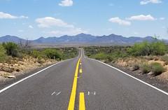 (BCooner) Tags: arizona az96 desert explore weavermountains highlands distantmountains yellowstripe